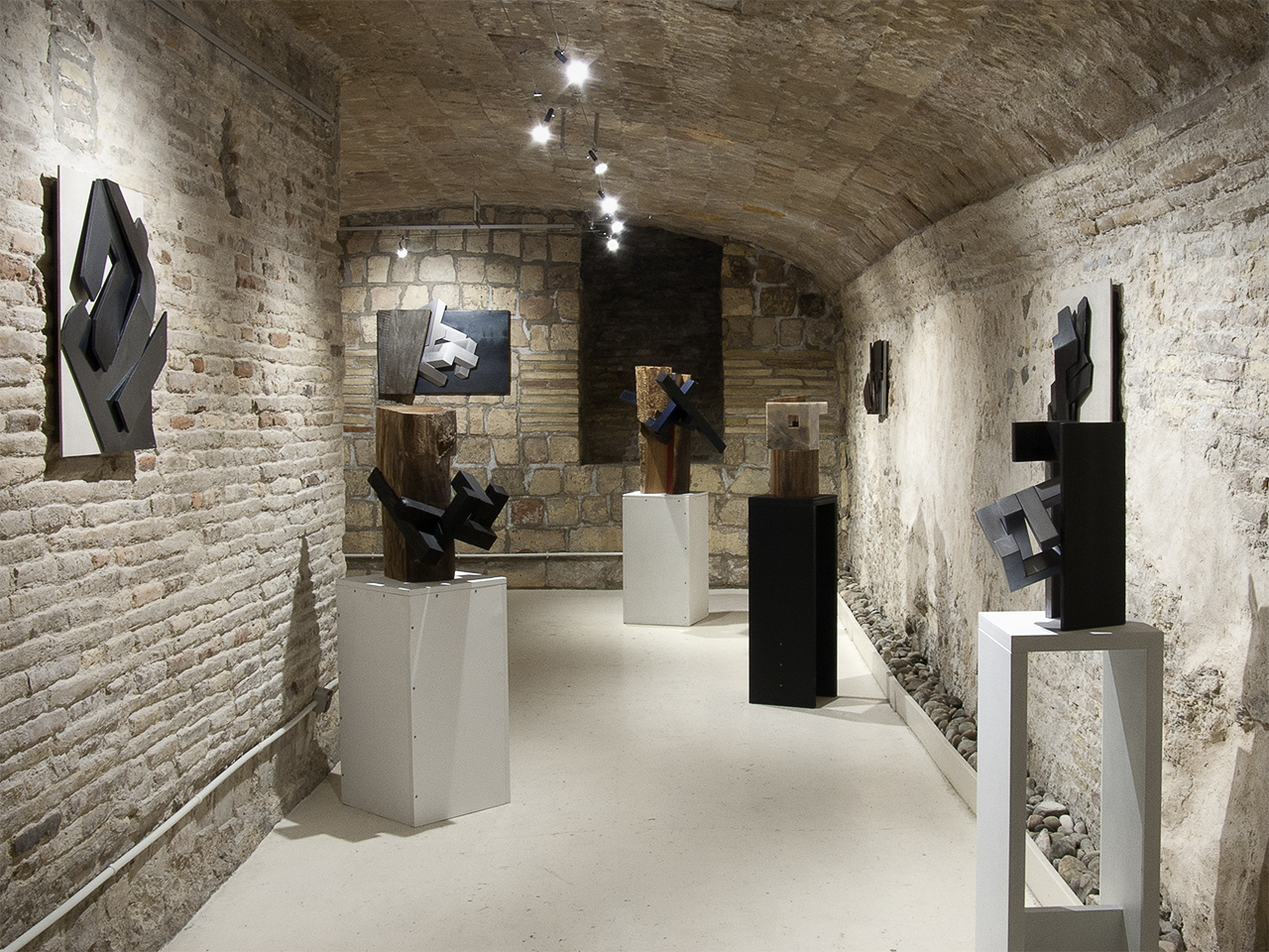 Vista de la exposición de José Luis Casas en Demodo Gráfico